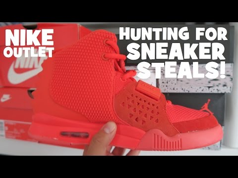 Nike Factory Outlet Searching For Sneaker Deals & Steals