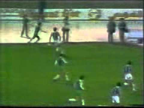 l´artist belloumi contre juventus 1985