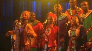 "Thandiswa Mazwai performs ""Ibokwe"" at Mandela Day 2009 from Radio City Music Hall"