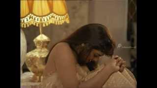 Sonthakaran - Silk Smitha lies to Sarath Babu