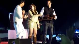 Shraddha Pandit Live