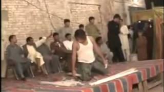 mubarak hu tumko shadi dance
