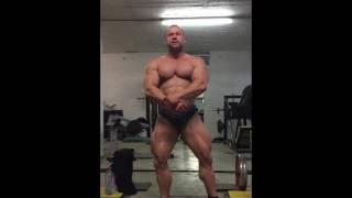 Bodybuilder Alexander Bub im Muscle Gym Cologne
