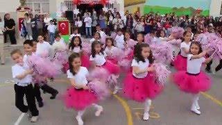 """23 Nisan gösterisi 1-B 1-C sınıfı """"Bangır Bangır"""" ( SAADET ONART İLKOKULU )"""