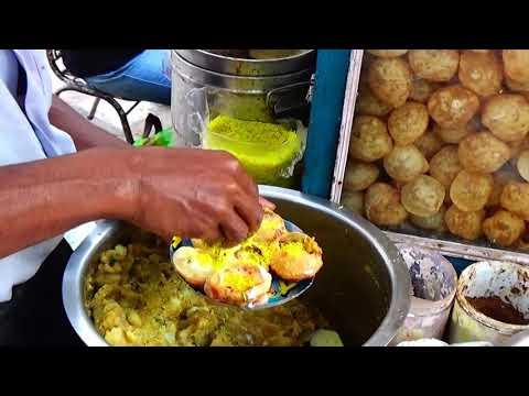 Indian Street Food | Street Food Of Kolkata - Mouthwatering Phoochka (Panipuri / Golgappa)