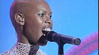 Luciano Pavarotti & Skunk Anansie - You'll Follow Me Down