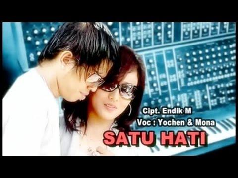 Yochen Amos Ft. Mona Latumahina - Satu Hati (Official Lyrics Video)