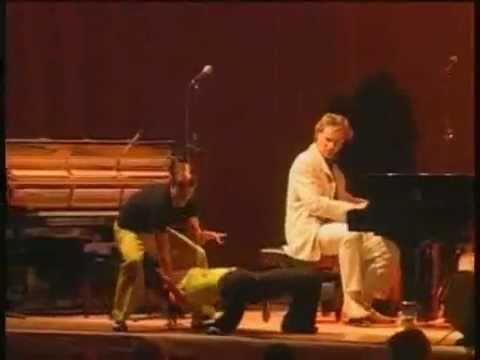Dancin The Boogie by Silvan Zingg Boogie Woogie Piano ♫ ♪ ♫ Will & Maéva Dancers