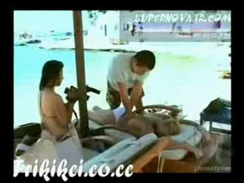 Helin Avşar Mykonos Adasında üstsüz masaj