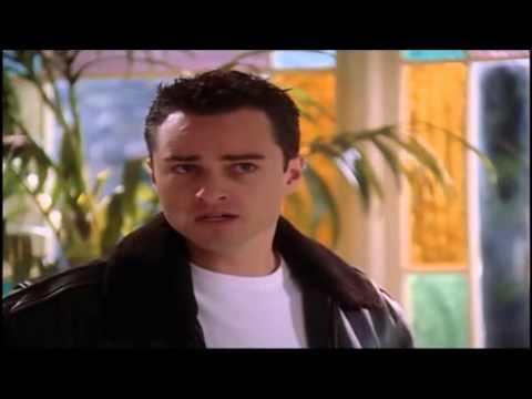 Charmed 7x09 Leo a Cambiado