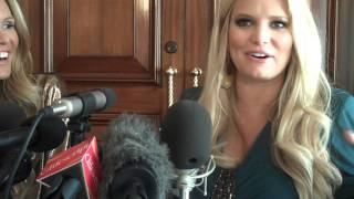 JESSICA SIMPSON-ELLE McPHERSON ON JESSICA