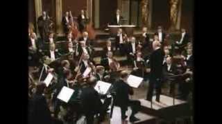Wolfgang A. Mozart - Symphony No 36