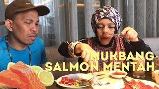 Mukbang Salmon Mentah, Buah Zaitun Pahit, Gen & Halilintar-Challenge-Cameraman by Qahtan Halilintar