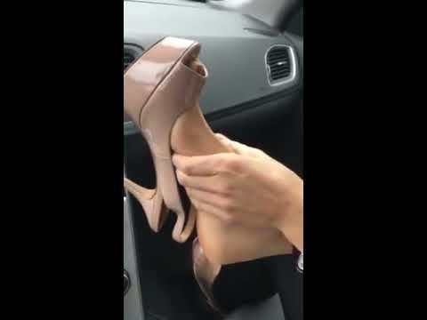 Footjob car and feet nylon play