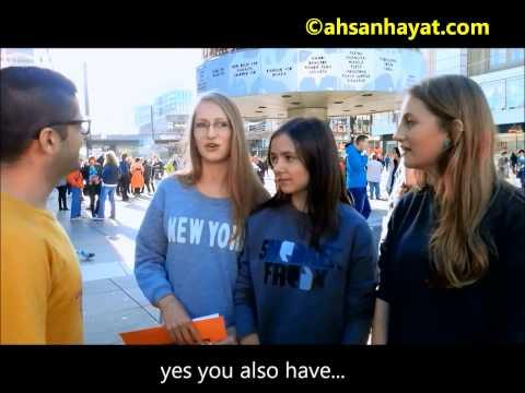 Young German girls chanting Pakistan zindabad slogans at Berlin, Alexanderplatz HD