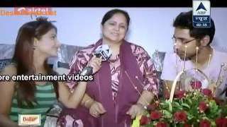 Hina Celebrate Mother Day With Her Mum   SBS   12th May 2013