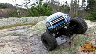 Axial Racing Dodge Wroncho .. 4X4 rock crawling River Adventure