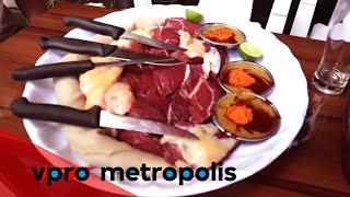 Eating raw meat in Ethiopia - VPRO Metropolis