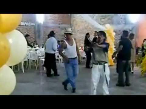 borrachos bailando UN RAYO DE SOL ORIGINAL