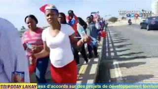 Manifestasyon devan Lakay Donald Trump nan Florida pou deklrasyon Ayiti se peyi TROU KAKA a