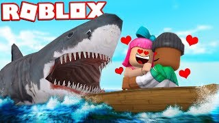 COUPLE ATTACKED BY SHARK IN ROBLOX