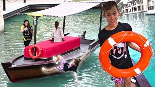 EXTREME FALLING OFF BOAT PRANK!!