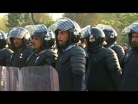 Xxx Mp4 Pakistan Police Arrest Prime Suspect In Rape Murder Of 7 Year Old Girl 3gp Sex