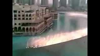 رقت عيناي شوقاً نافورة برج خليفة بدبي ترقص على انغام انشودة السلام عليكم  للمنشد ماهر زين