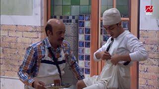 نجم جديد يظهر في #مسرح_مصر وبيعمل دور حمدي ميرغني.. شوف هو مين!