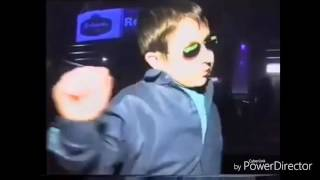 Niño ruso bailando shooting stars aka bien perron ][ mi iltimi vidii dil niñi risi :'u.