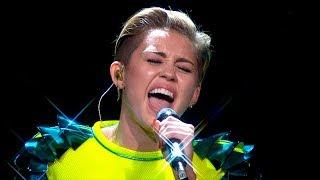 Miley Cyrus - Wrecking Ball (Acoustic) [Live at Bambi Awards 2013]