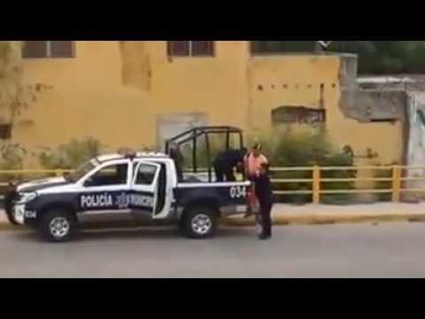 policías pendejos se les escapa un delincuente