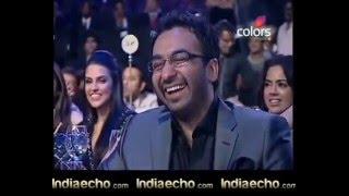 Indiaecho com   Shahrukh And Yusuf Pathan Dance At Sahara IPL Awards 2010 flv