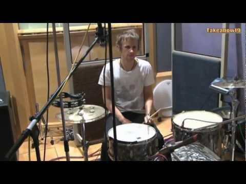 Muse Spoof Neutron Studio Collisions
