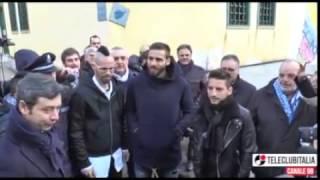 Hamsik, Mertens e Pavoletti al carcere minorile di Nisida