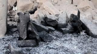مشاهد لإحتراق المسجد العمري بدرعا البلد بعد قصفه ب براميل تحوي مادة النابالم