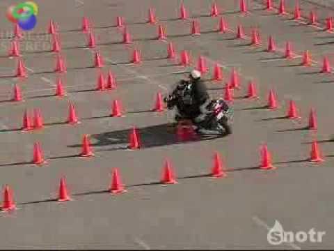 O melhor teste de baliza .Moto