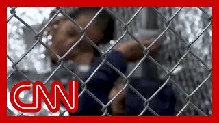 Trump admin pushes for indefinite detention of migrant families
