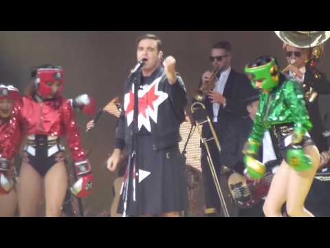 The Robbie Williams: Heavy Entertainment Show - Southampton 2017