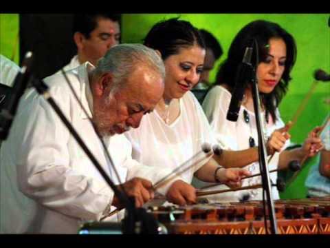 El Bolonchon con la Marimba Peña Rios