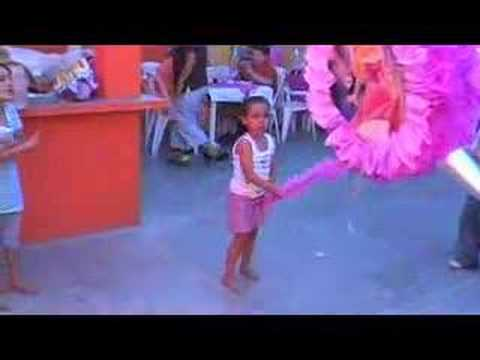 Piñata de Melanie 3 años