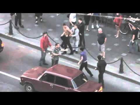pelea callejera en rusia