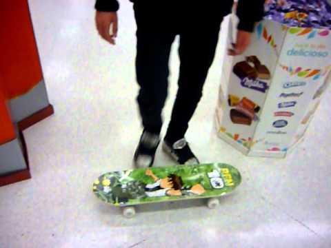 Tutorial de como hacer un ollie en un supermercado y con una patineta de ben 10♥
