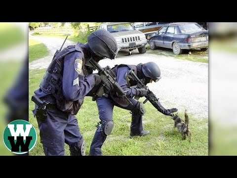 watch 10 Worst Police Officers Of All Time