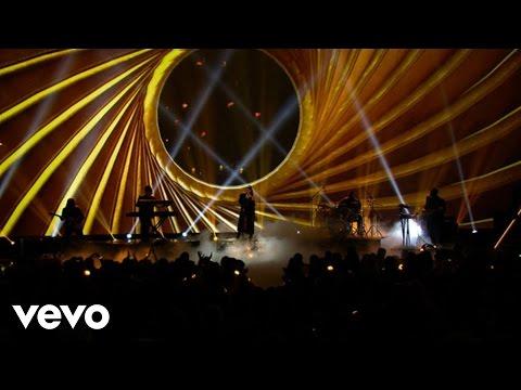 Ariana Grande Dangerous Woman Live From The 2016 Radio Disney Music Awards