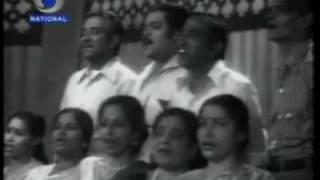 Mahendra Kapoor sings 'mere desh ki dharti'