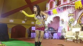 Chalakta humro jawaniyaVideo Bhojpuri Song