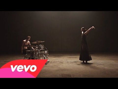 Sia - Eye of the Needle (VIDEO)