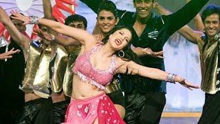 Sunny Leone Hot Performance At Zee Cine Awards 2017