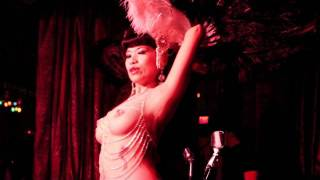Black Fan dance at The Beehive's Discothèque Burlesque New Year's Eve 2012